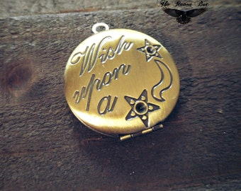 "Brass Locket Round Quote Locket Wish Upon a Star Word Charm Pendant Locket 25mm .98"" Wholesale Locket"