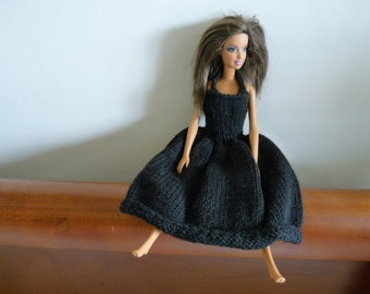 Barbie doll knitted dress in black