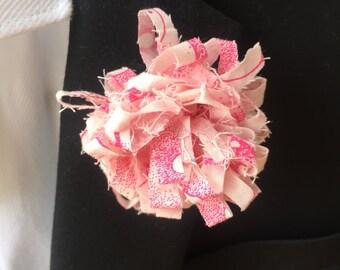 Hawaiian Print Pink and White Mens lapel pin, Lapel pins men, Flower lapel pin, Mens lapel flower, Lapel pin, Lapel flower