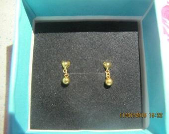 Gold earring 916