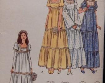 Vintage Bridal Dress Pattern Butterick 6961 Size 12