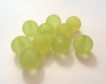"10 acrylic beads ""frosted"" - 12 mm - light green / D1 - 0413"