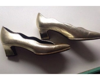 Gold Metallic Vintage Heels - Gorgeous!!