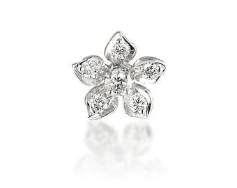 P024. Diamond Flower Pendant