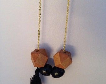 Necklace beads wood and beads black