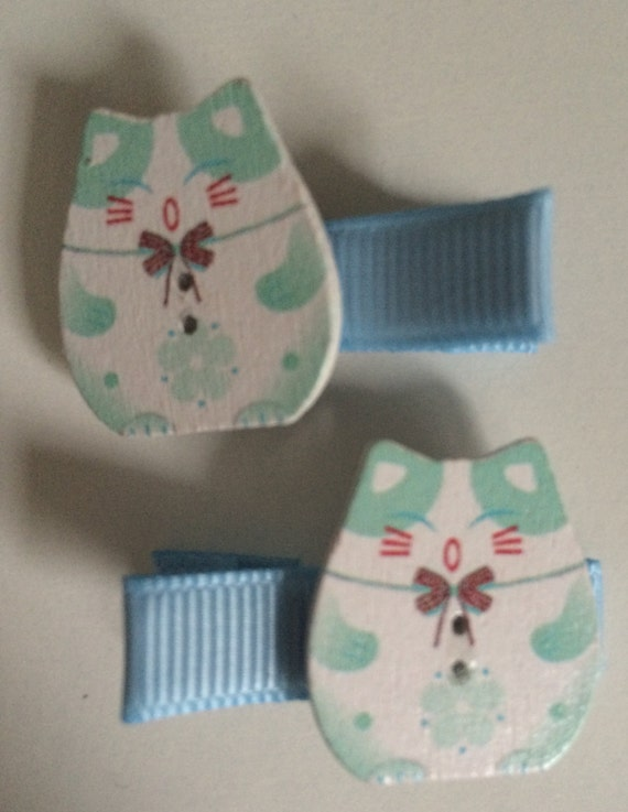 Lucky Chinnese Cat Wooden Hair Slides - Pair in Blue