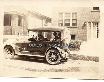Old Vintage Photo of Model T Ford