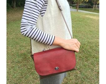 Turn-lock Shoulder Bag