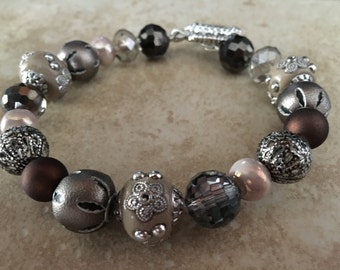 Victorian Style Single Strand Bracelet Antique Silver Glass Bead Natural Colors