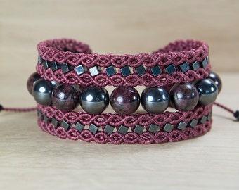 Hematite macrame bracelet, Garnet macrame bracelet, Valentine's day gift macrame jewelry, Boho Chic Bracelet, micro macrame, Bordou bracelet