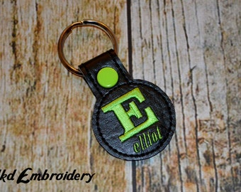 Initial and Name Round Key Chain - Vinyl keychain snap key fob - Choose Your Colors - Monogrammed Keychain