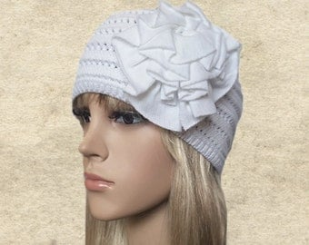 White knit beanie, Knitted hat women, Light weight beanie, Womens knit hat, Knit hat for fall, Ladies knit beanie, Small knit hat lady