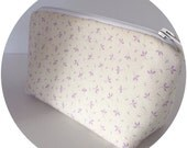 Lavender flower makeup bag small cosmetic bag organizer pouch gift for her girlfriend wife women mom mother aunt