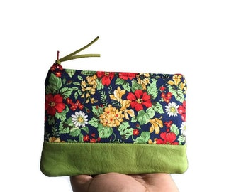 Bouquet Small Green Leather Coin Purse, Floral Green Leather Zipper Pouch, Change Purse, Coin Wallet, 144 Collection