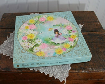vintage round Greeting CARDS and BOX - 60's retro kitsch