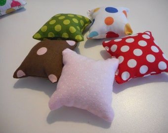 CATNIP PILLOW Polka Dot Soft Toy for your Favorite Furry Friend