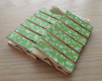 Bokeh Stars Spring Green Chunky Little Clothespin Clips w Twine for Display -  Set of 12
