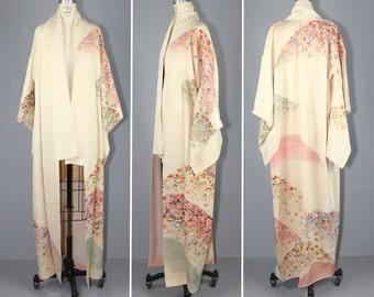 hand-painted / silk robe / MOUNTAIN BLOSSOM vintage silk kimono