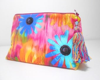 Large Make Up Bag, Daisy Stand Up Cosmetic Pouch, Large Tassel Zipper Charm, Tropical Make Up Bag