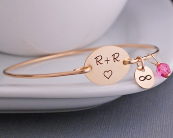 Custom Initial Bracelet for Wife, Anniversary Gift, Gold Bangle Bracelet, Personalized Love Gift, Wedding Day Gift for Bride, Heart Jewelry