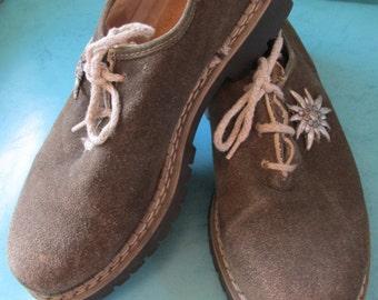 Vintage Trachten Oxford Suede Shoes For Lederhosen Oktoberfest Pewter Edelweiss Flower Via Marla Germany Mens or Unisex Check and Measure