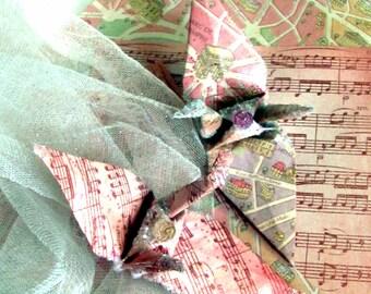 2 for 1 Peace in Paris Monument Map Music Score Crane Bird Wedding Cake Topper Party Favor Christmas Ornament Good Deal Set Decoration Pink