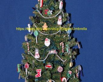 Pre-lit tabletop Christmas tree Design 15