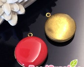 CH-EX-08146CR -   Nickel-free, Color epoxy,  Round locket (S), coral red, 2 pcs