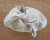 linen + liberty - lined bento bag 1