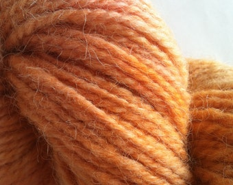 Karakul Orange Kremesickle. Sheep wool handspun yarn hand dyed hank orange chunky fiber Massachusetts made egg dye knitting crochet