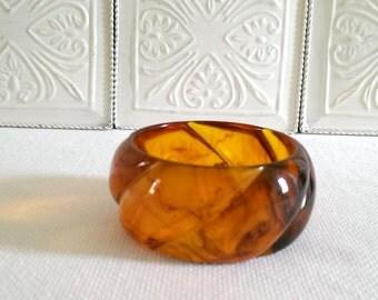 Vintage Amber Colored Bangle