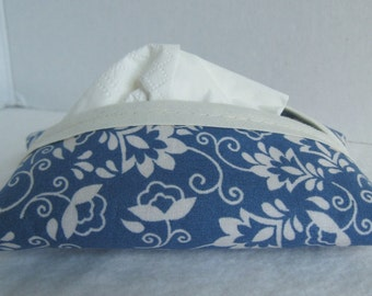 Country Blue Tissue Holder- Blue Floral Tissue Cover - Purse Tissue Case - Blue Cream Floral Pocket Tissue Cozy