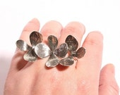 Gorgeous 3 Flower two finger Rings Sterling Silver  adjustable size made by Zulasurfing