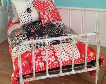 Quilt and Accent Pillows for Blythe - Farmhouse #1 (red and black)