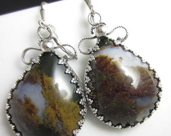 SALE The Mossy Plume Earrings - Plume Agate Set in Sterling Gallery Wire with Filigree Backing