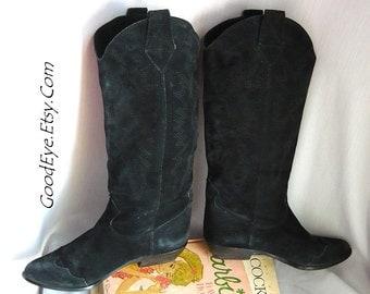 Vintage BANDOLINO Western Boots ITALY/  size 5 .5 Eu 35 .5 UK 3  / Leather Flat Heel Black / Cowboy Flame Stitched Suede