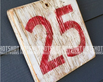 25, Twenty Five, Milestone age, Anniversary, Special number, Scoreboard style, Vintage-looking upcycled wood sign, hand made, hand painted