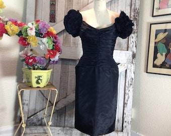 Fall sale 1980s dress Tadashi dress cocktail dress 80s formal statement dress size small Vintage designer evening gown