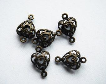 Antique Vintage Brass Tiny Heart Links, PK16