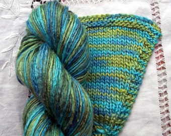 Silk Yarn Hand Dyed Worsted weight - Seas of Green (4)