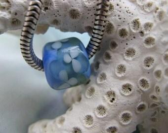 BHB Watercolor Daisy Robin Egg Blue, Green, White Flower big hole bead