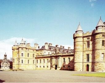 Vintage postcard, unused, Palace of Holyroodhouse, Edinburgh, Scotland, United Kingdom, 1979
