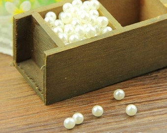 30% OFF SALE - 200pcs 4mm With Resin Pearls Beads (No Hole) BY513