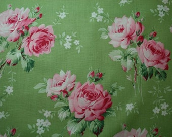 Tanya Whelan Bearefoot Roses Legacy Stemmed Roses in Green pwtw054-green cotton fabric  FAT QUARTER fq (fw020)