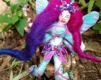 Bendy Fairy Doll Magenta Maned Teeny Tiny with Pink and Purple Wings 2 inch