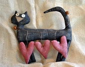 Primitive Valentine Kitty cat with hearts