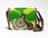 Vivian - Canvas Bag upcycled with original vintage fabric by EllaOsix