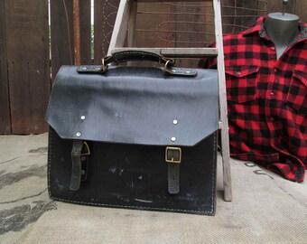 Black Leather Satchel Vintage Leather Satchel Tote Messenger Bag Top Handle bag Vintage 60s school book bag Messenger bag