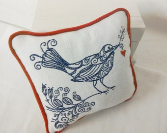 Linen Piped  Lavender Sachet -  Royal Blue Floral Bird Holding Heart
