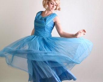 ON SALE Vintage 1950s Prom Dress - Sky Blue Tulle Kerrybrooke Aquamarine Wedding Party Dress - Large - Spring